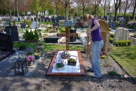 houten grafmonument, houten gedenkteken, plaatsen in heel Nederland