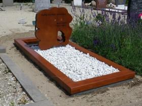 houten gedenkteken, schijf teakhout